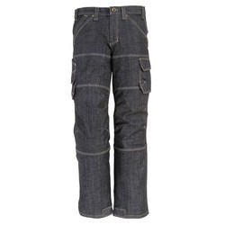 PANTALON EN JEAN STRETCH LYCRA
